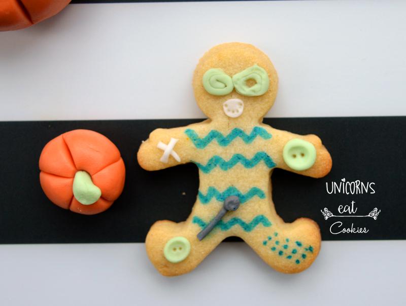 voodoo doll cookies, unicorns eat cookies, biscuits, halloween, treats, recipe, ricetta, bambolina voodoo, biscotti, idee