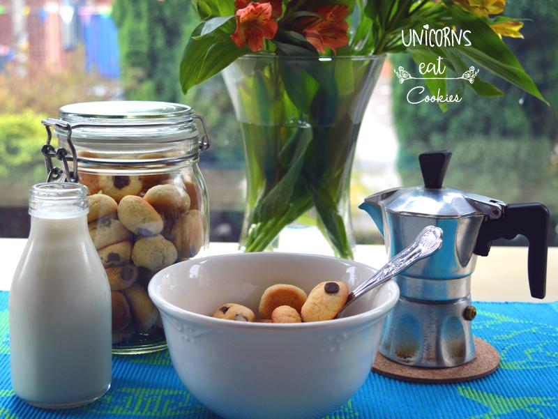 breakfast, colazione, cookies, cioccolato, chocolate, choc chips, milk, latte, cereal, unicorns eat cookies, recipe, ricette,