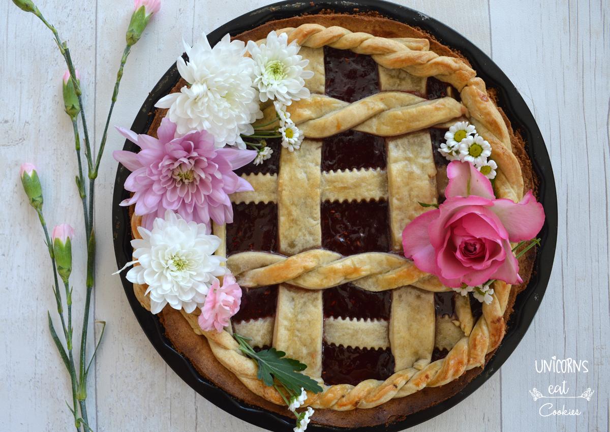 crostata decorata, festa della mamma, crostata alla marmellata, pasta frolla, pie crusta, shortcrust, mother's day ideas, fiori, flowers