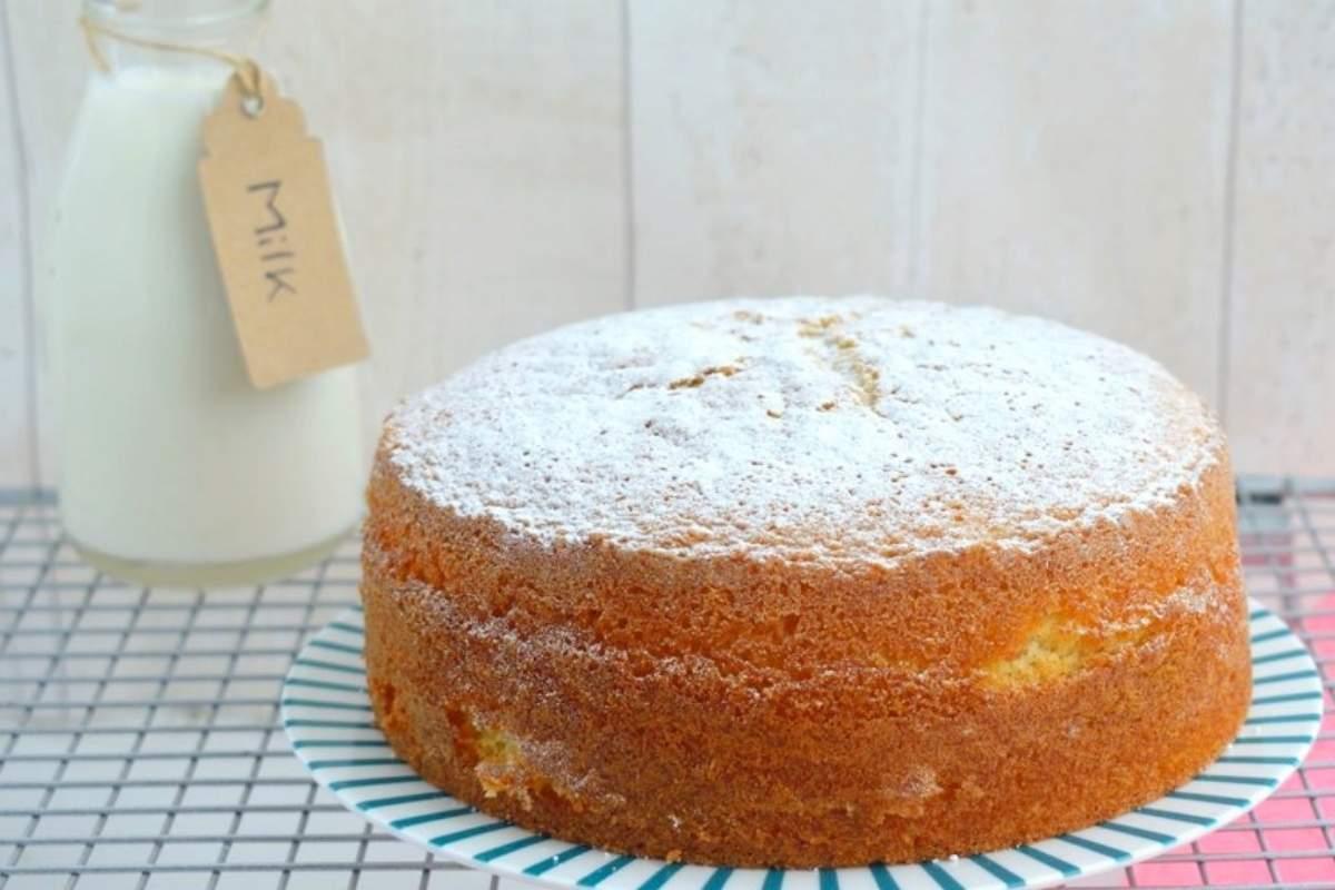 ricetta facile torta al latte caldo hot sponge cake