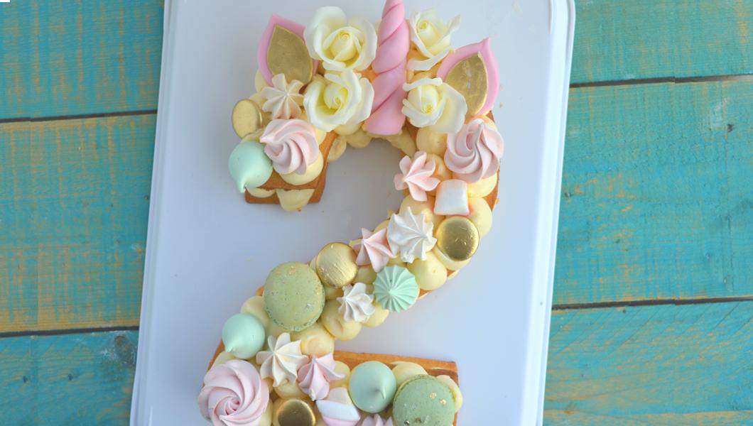 cream tart unicorno senza glutine, torta lettera, torta numero,