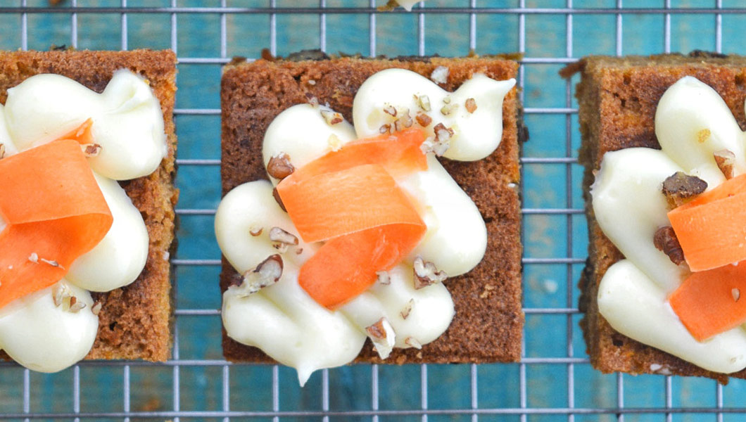 ricetta facile carrot cake americana con noci pecan