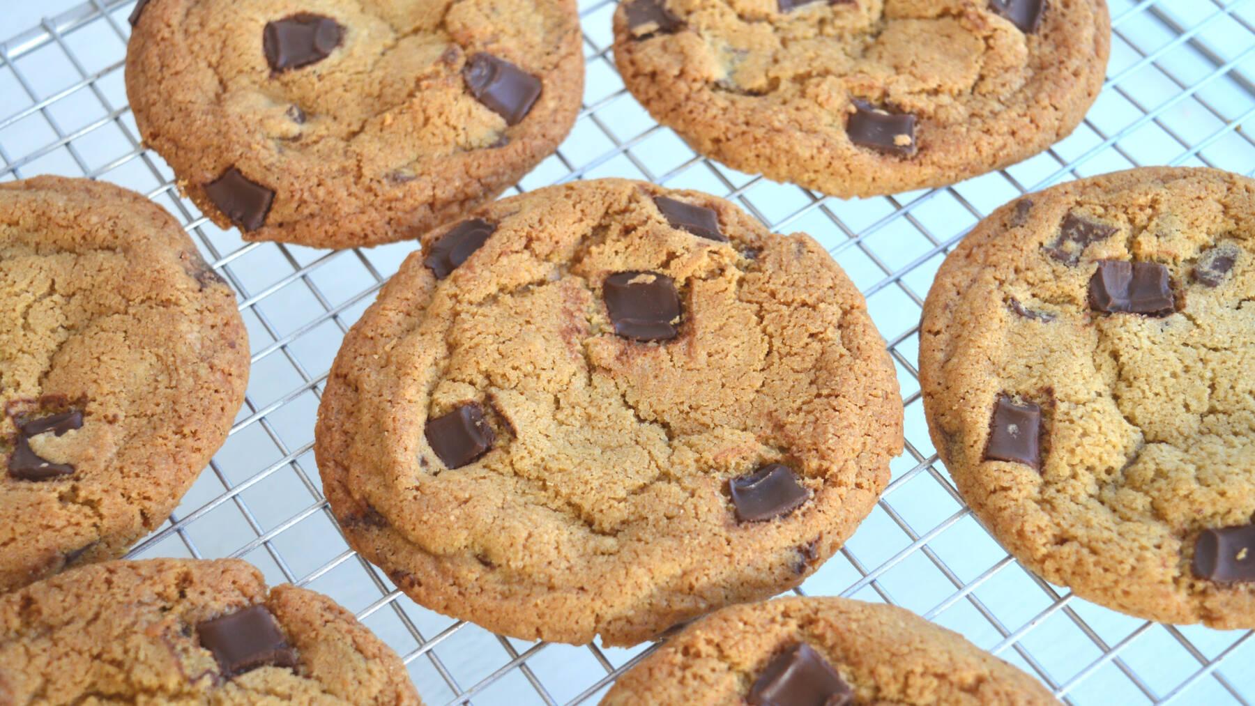 segreti per cookies americani perfetti con gocce di cioccolato