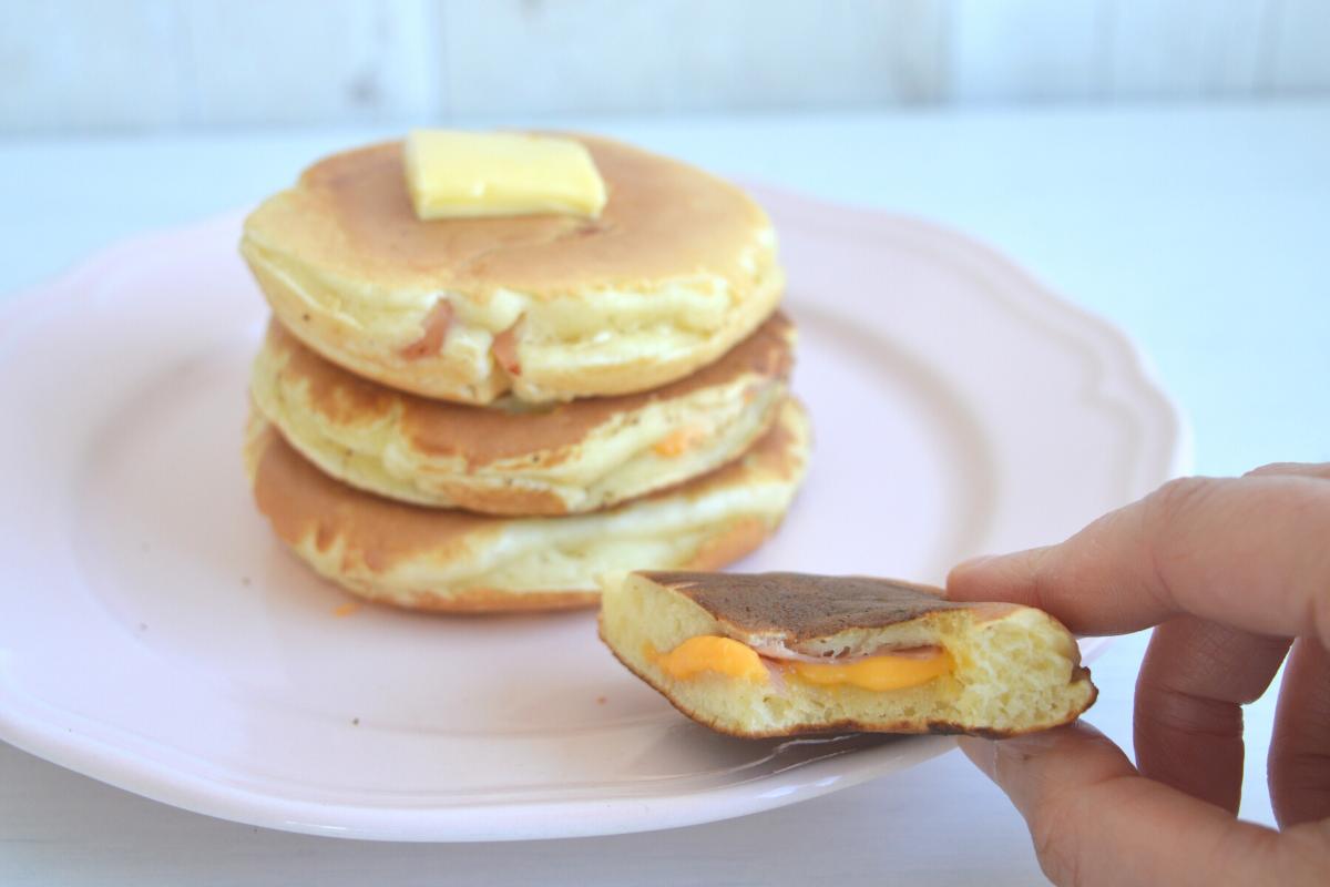pancake salati farciti prosciutto e formaggio